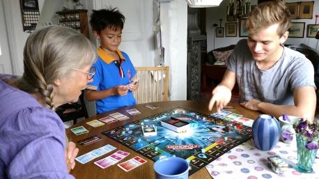 Pontus besök o Monopoly