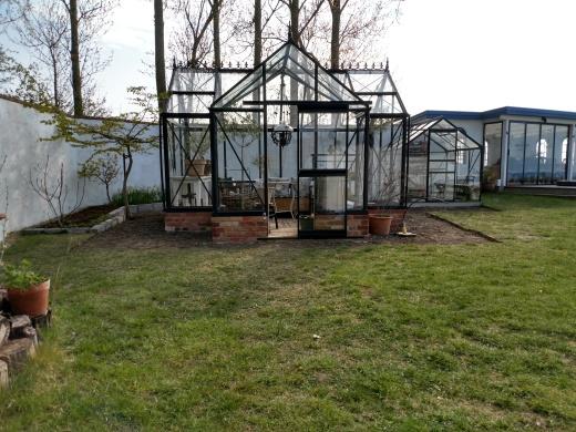 20200427 Förberett för gång runt växthuset