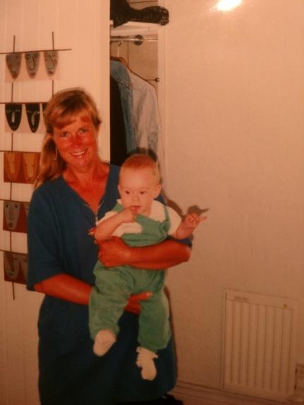 1997 Sara o mormor A